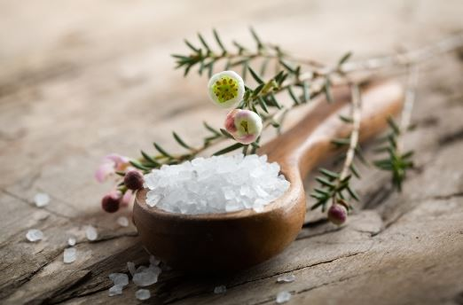 Make an epsom salt bath to get rid of jock itch fast