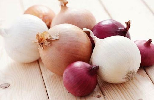 Try the onion juice remedy to reverse greying hair