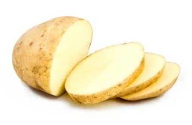 Potato slices can lighten darkened lips