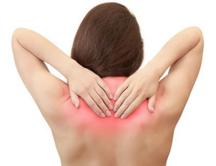 Pinched nerve between shoulder blades